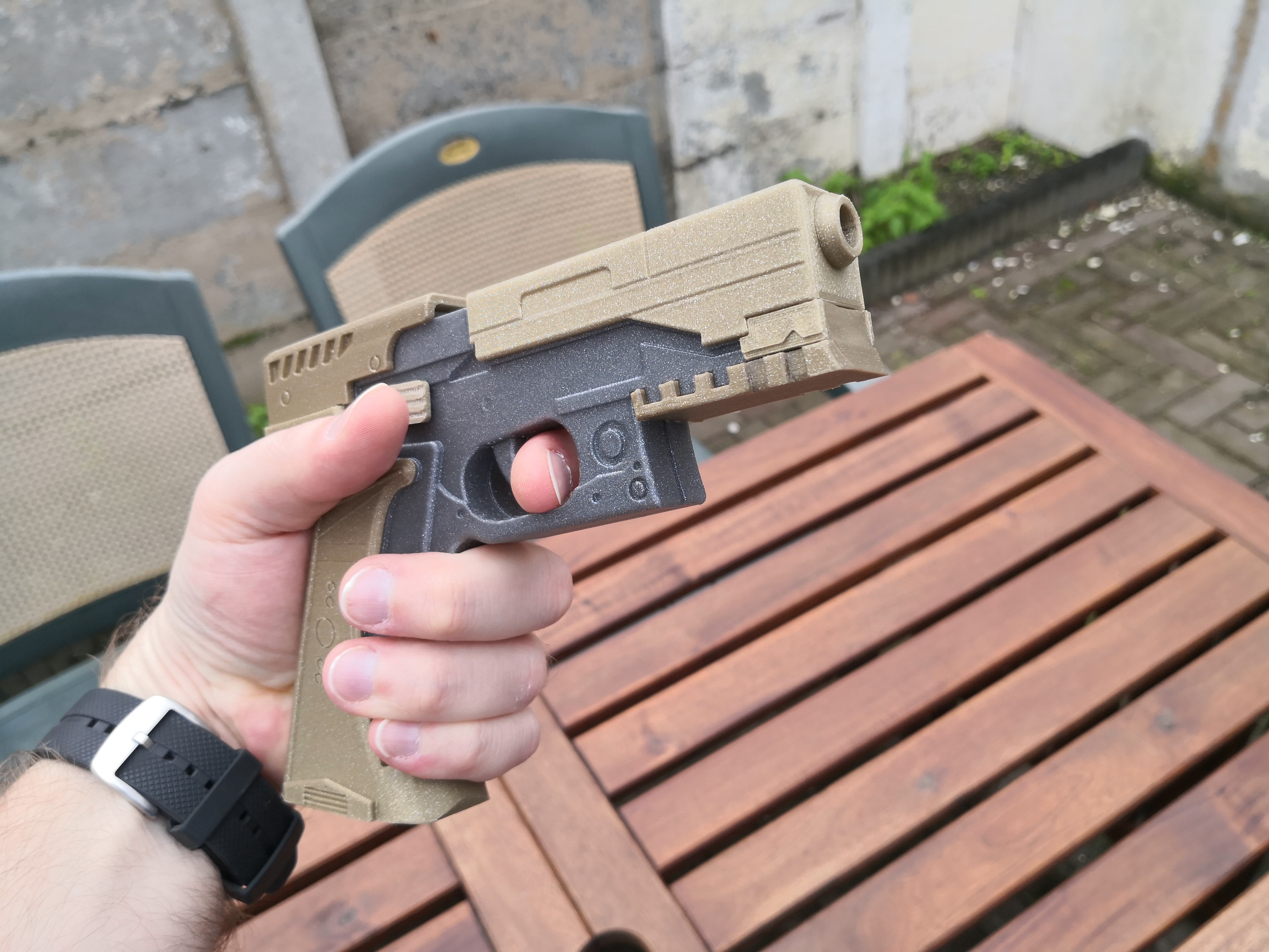 Major's Thermoptic Pistol - Ghost In The Shell by TinkeringT