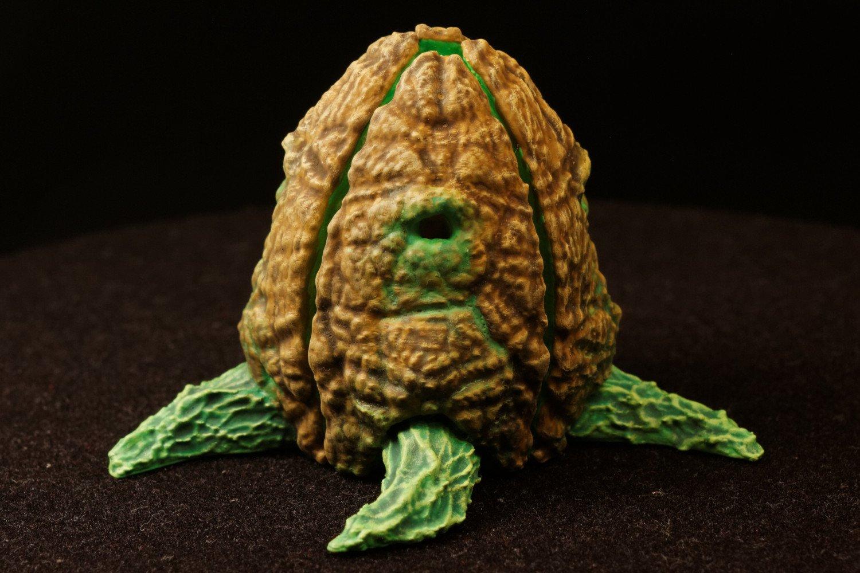 """Tabletop plant: """"Easter Egg Plant"""" (Alien Vegetation 21)"""