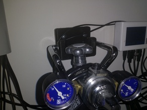 CO2 bottle wall mount