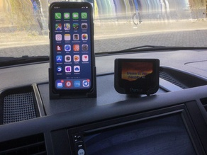 VW T5 Dashboard iPhone 11 Pro holder