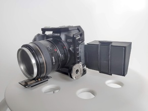 Canon EOS R Monitor Hood