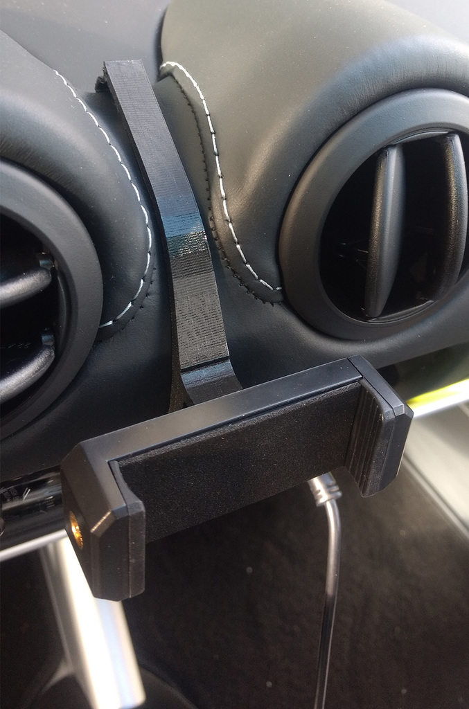 Lotus Elise S3 Phone Mount for Leather Dash