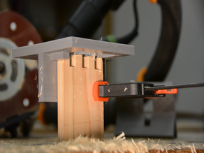 Box joint jig for a router