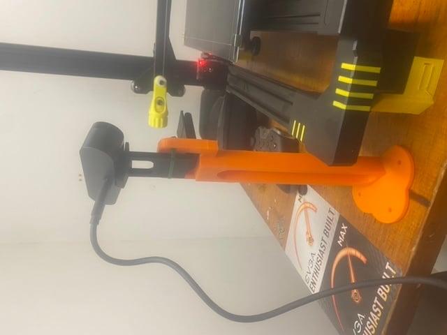 Logitech Brio (4K) stand