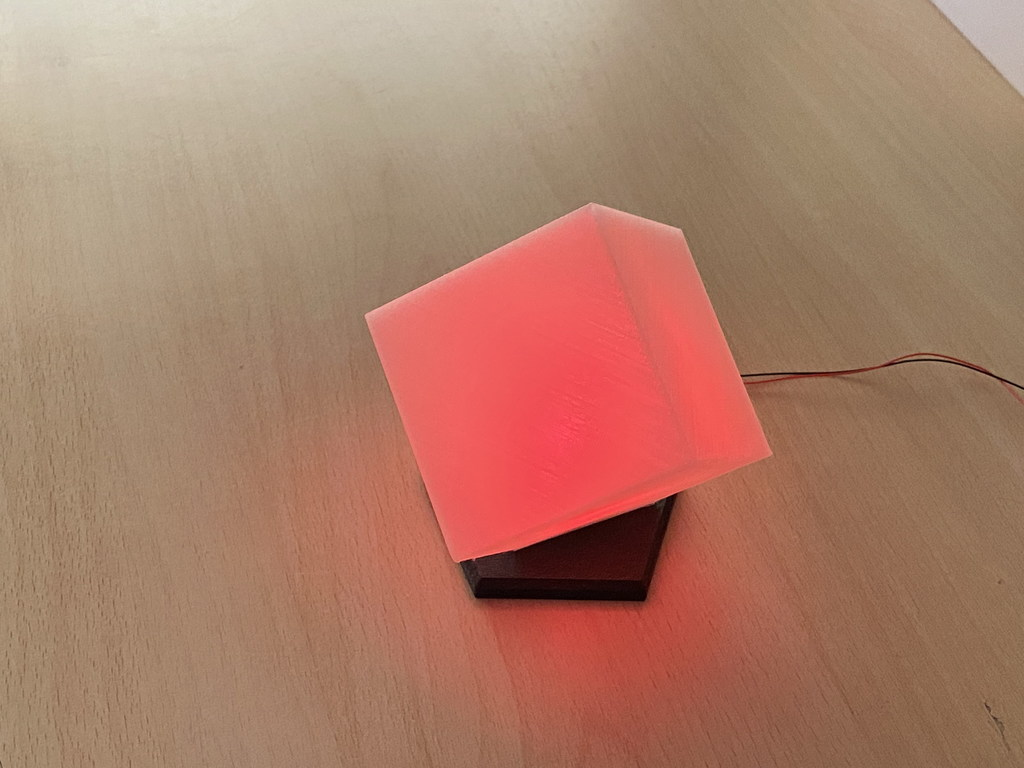 Cube decorative lamp