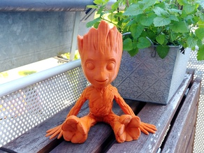 Smiling Baby Groot Planter