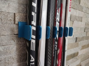 Hockey stick wall mount x6 / Support mural de 6 crosses de hockey