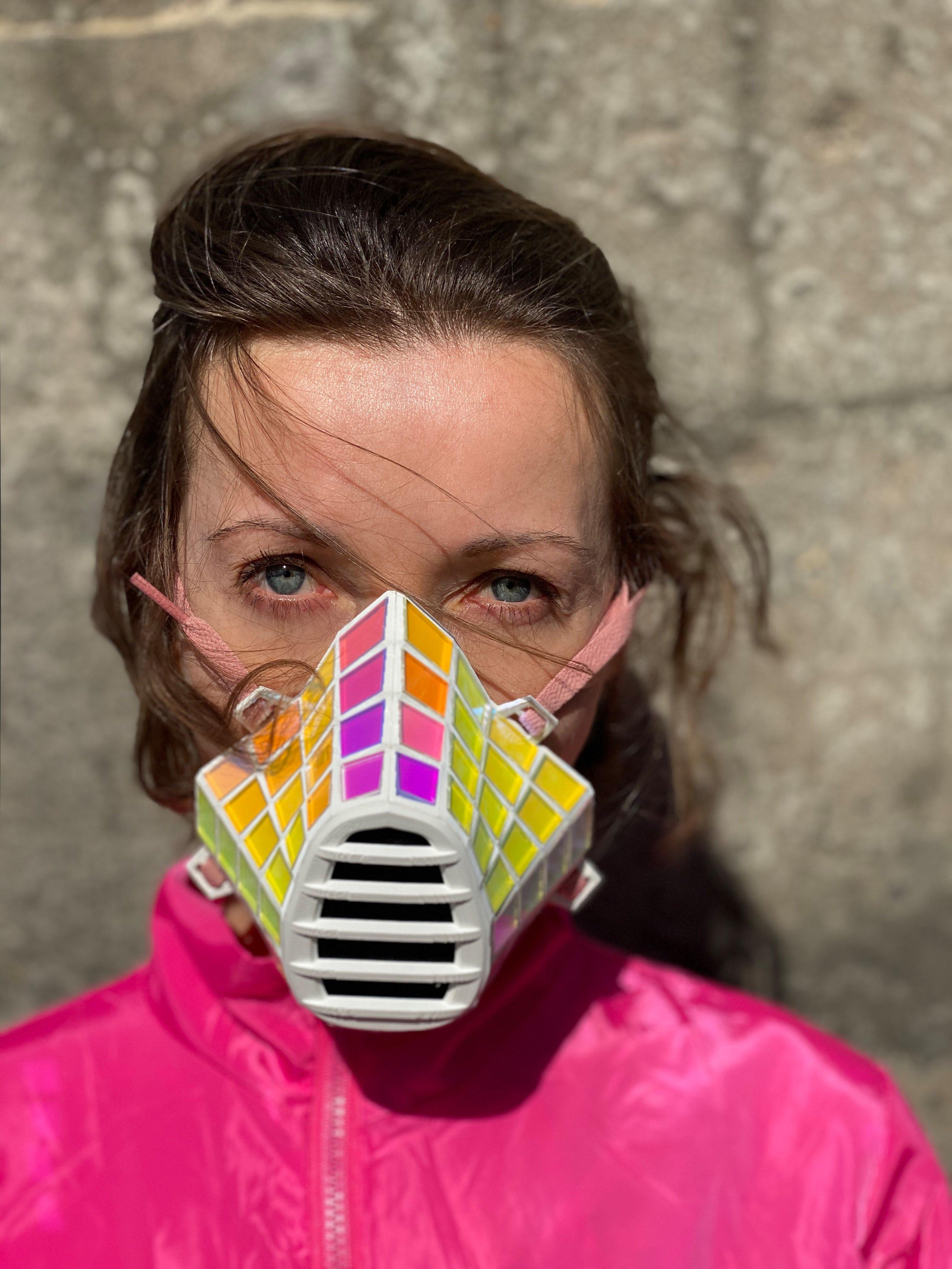 Discorona Mask - Protect & Reflect