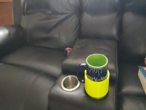 Coffee cup couch adapter