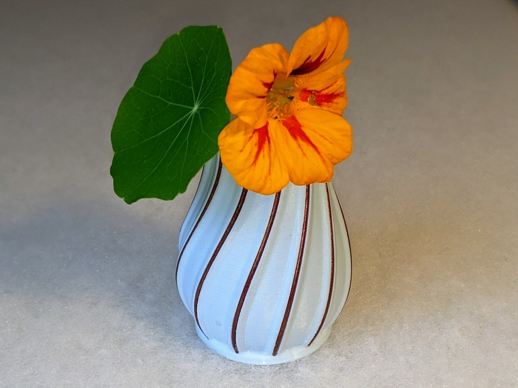 Small Vase with Filament Decoration