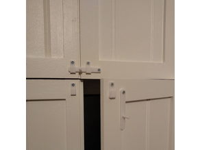 Lock bar for window shutters