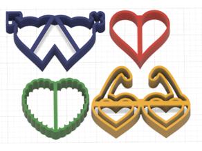 Play-Doh Cookie Cutter Kit  (batman,dog,flower,heart,rocket)