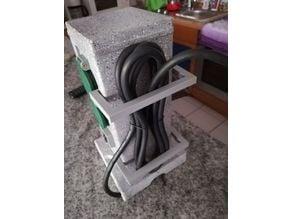 Clamp for power socket pillar / Klammer für ALDI Steckdosensäule