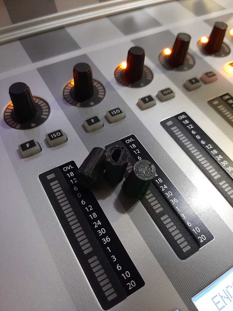 Knob SoundCraft Vi4 / Potenciometro