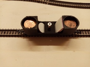 n_scale_track_cleaning_car