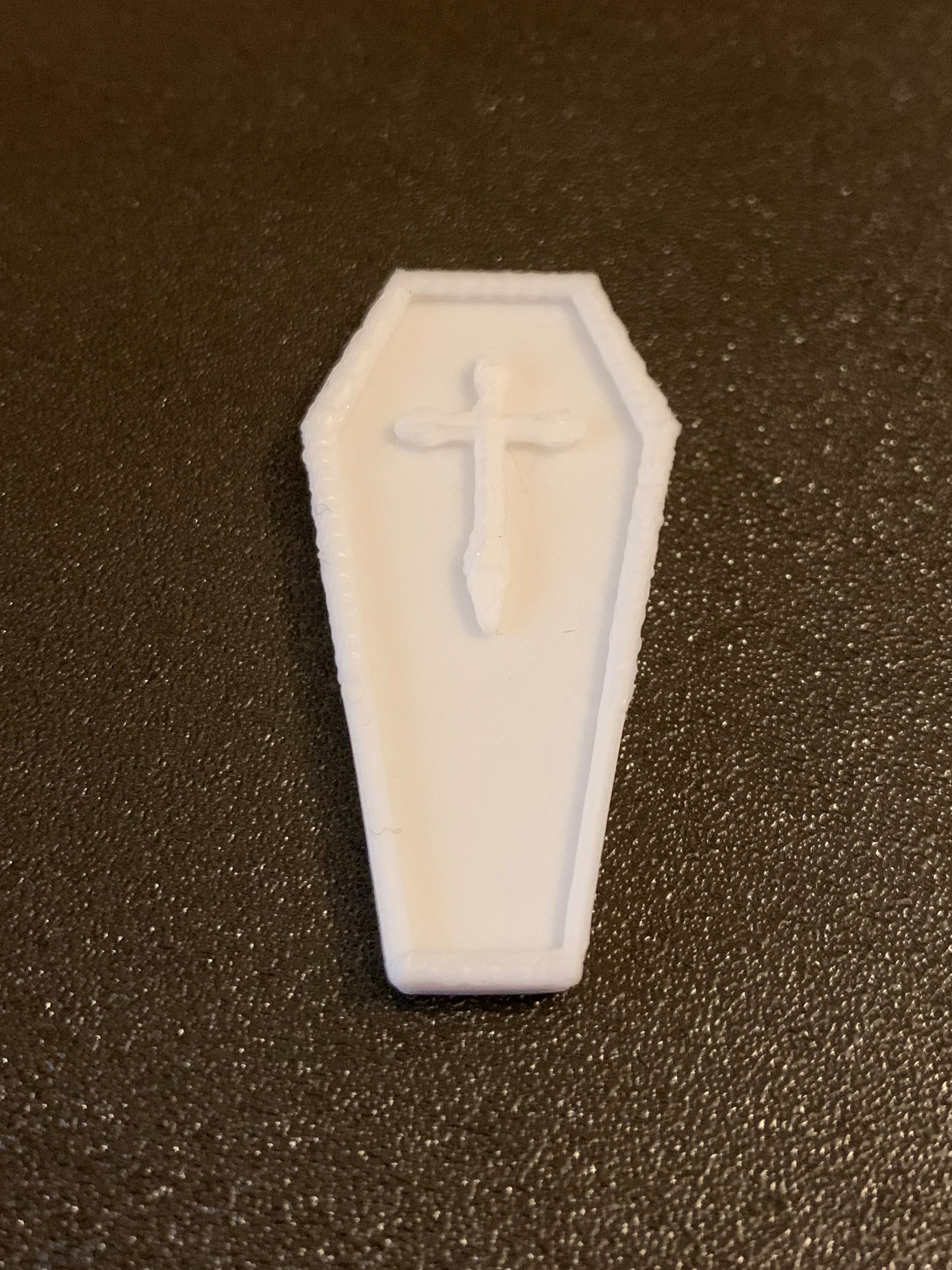 Simple Mini D&D Coffin / Coffin with Cross