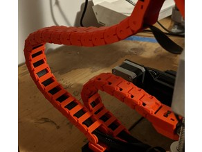 Cable chain with limiter (surfaces fixed)