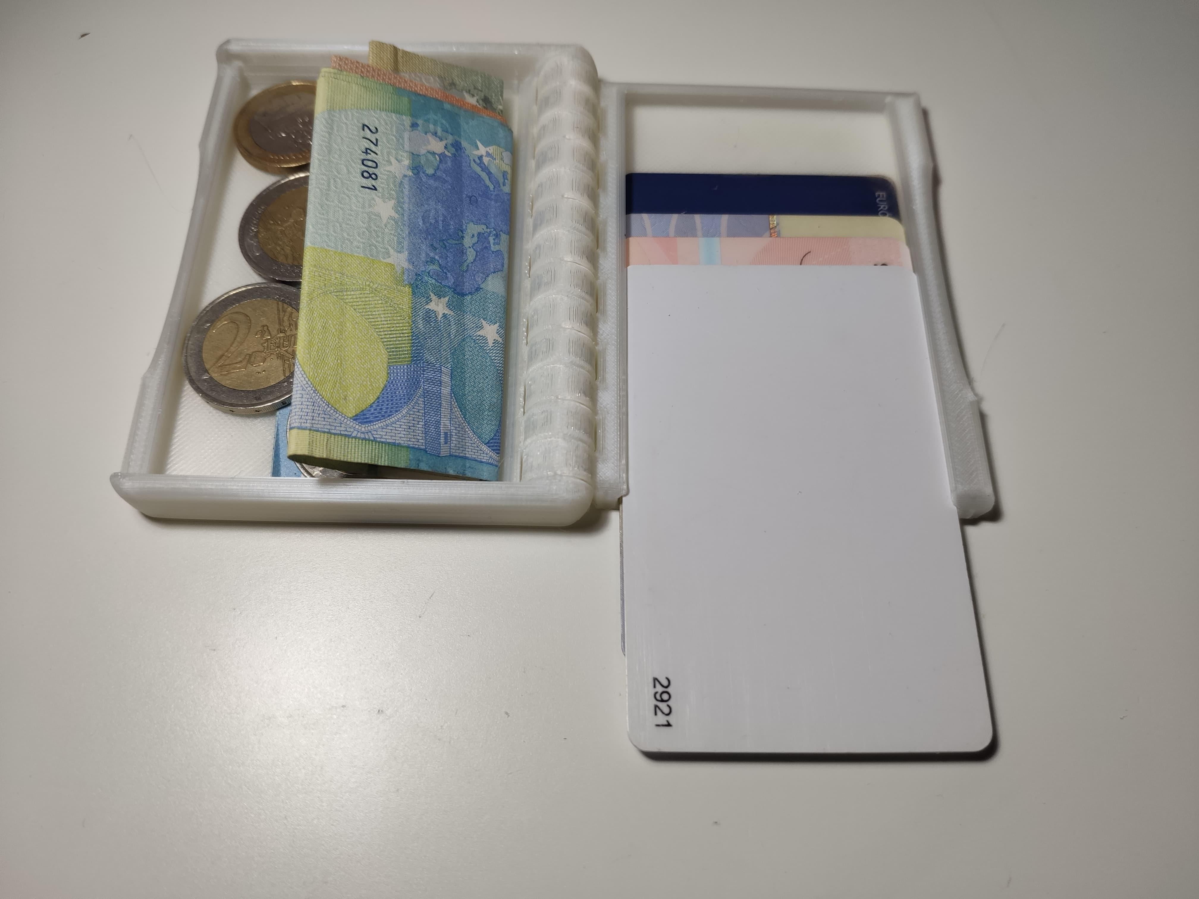 Cassete Wallet 12mm - Fixed geometry, no holes, no side design