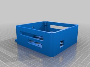 Caja SKR 1.3 con ventilador de 120mm para perfil 2040 (AM8)
