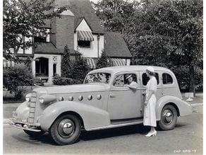 Cadillac Lasalle Series 50 Sedan 1935