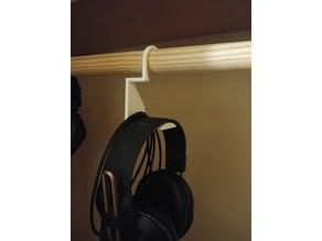 Closet rod headphone hanger