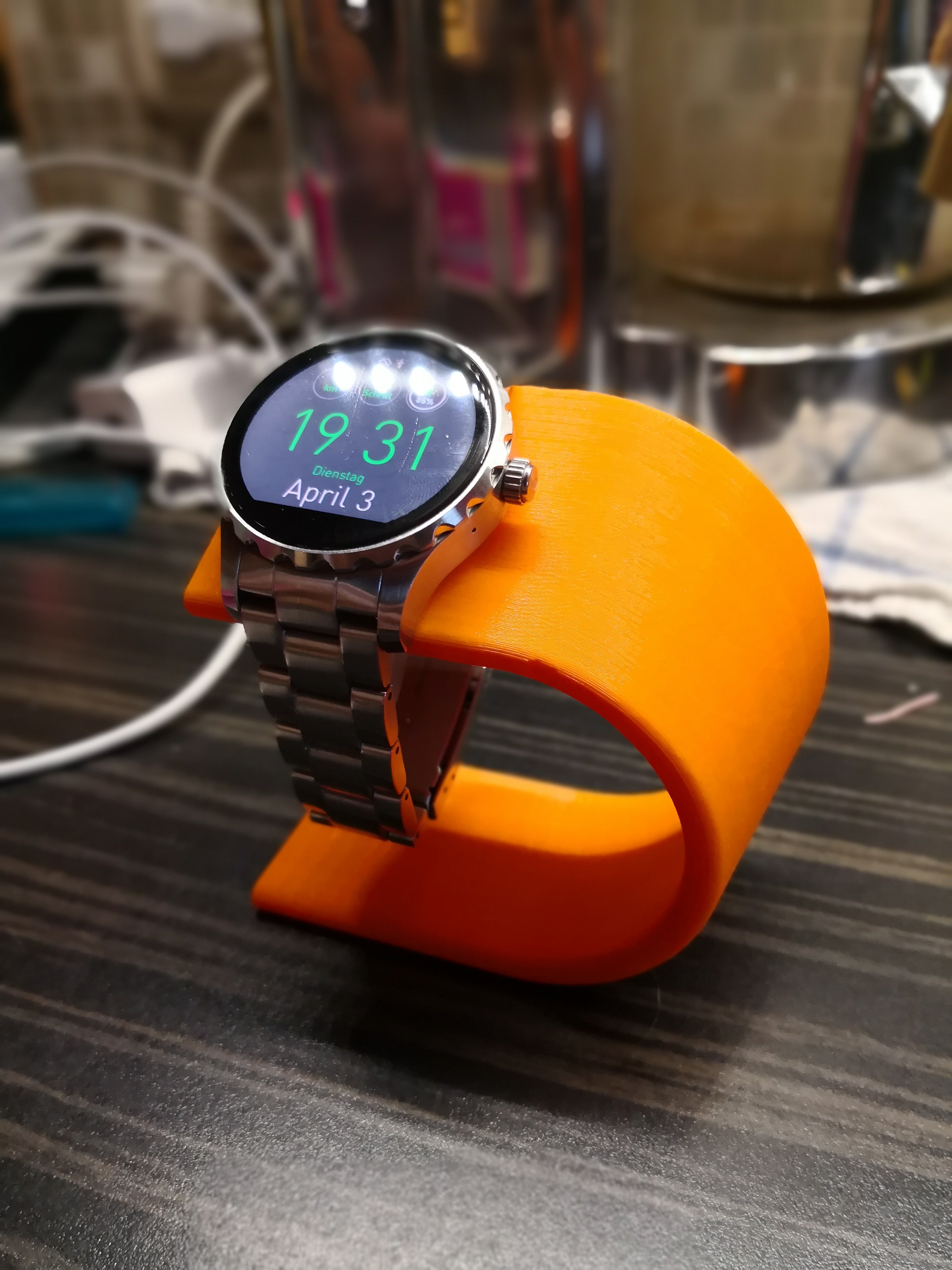 Fossil Q Marshal Smartwatch Charging Stand By Renkforce Made Uploaded Apr 3 2018 View Original