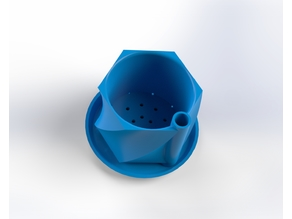 Self watering and draining Planter