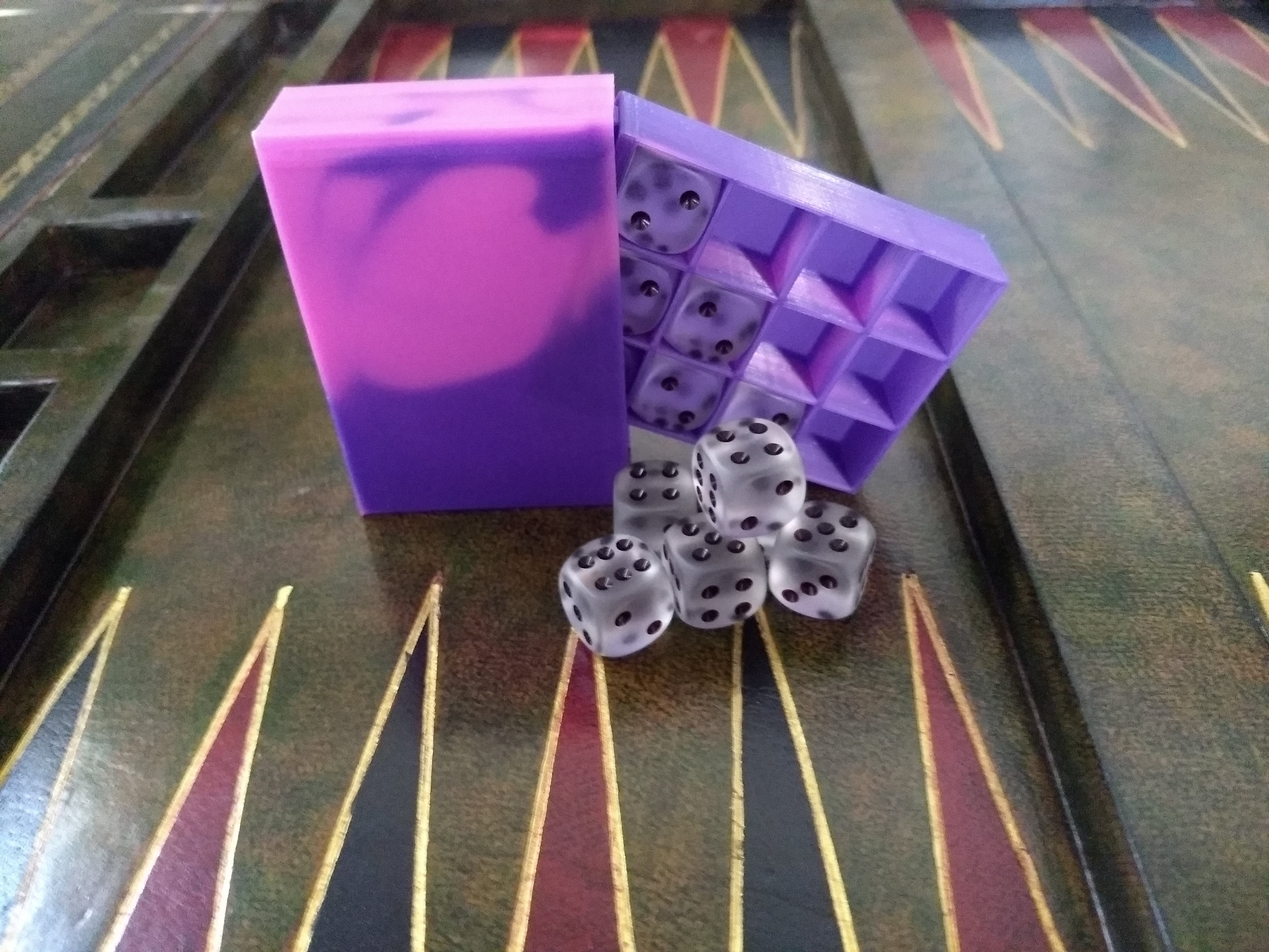 Chessex Dice Box - for 16mm dice