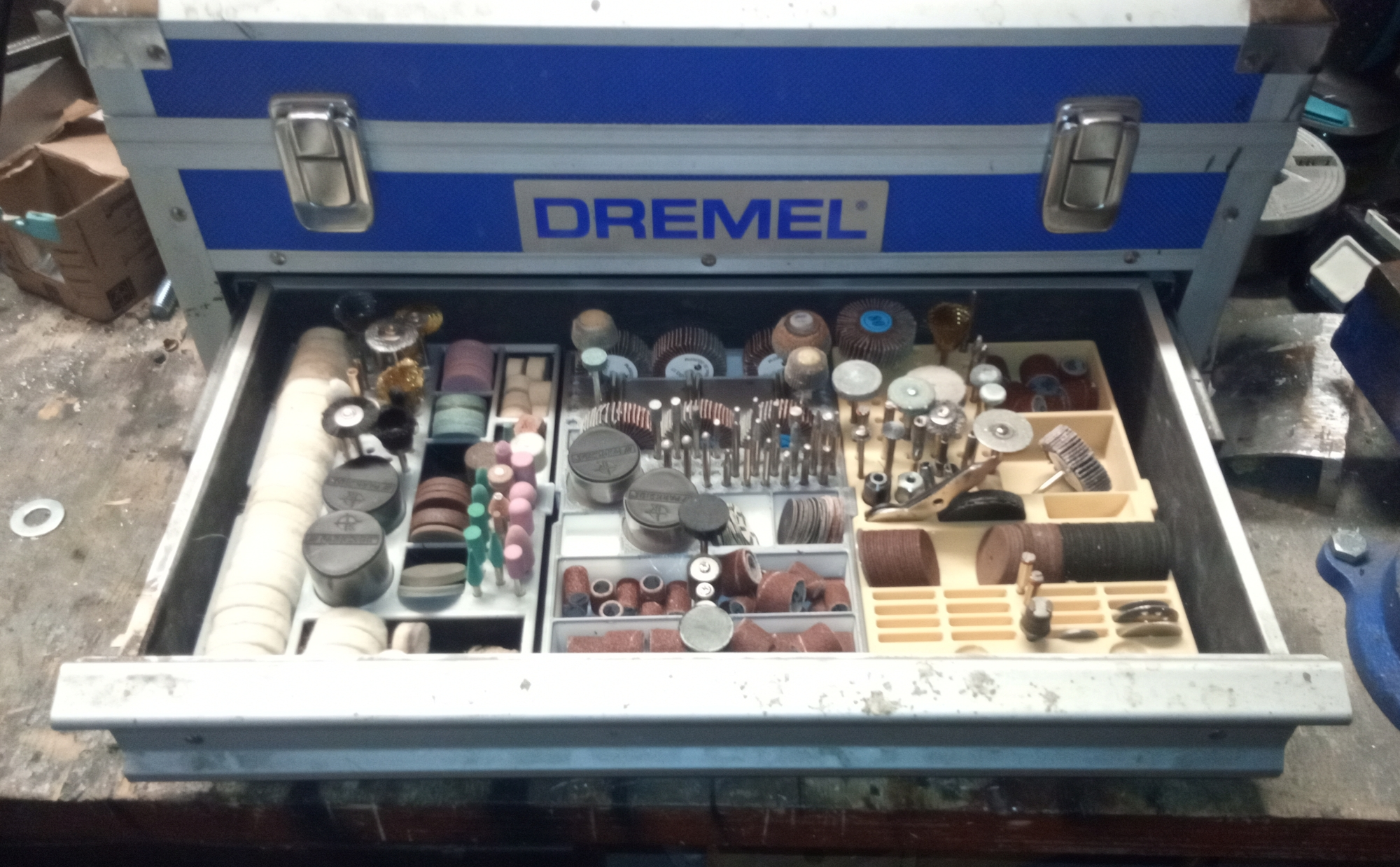 Dremel Tool Bit Organizer for Platin Toolbox or compatible Rotary Tools alike