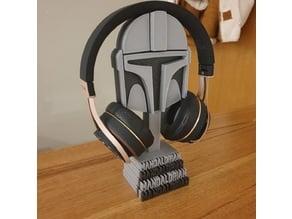 Mandalorian helmet headphones stand