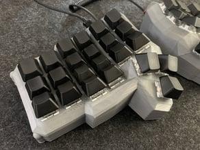 Dactyl Mini Manuform (3 thumb buttons)