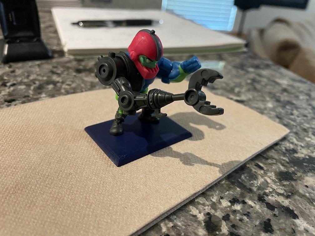Motu Mystery Mini Figure Stand