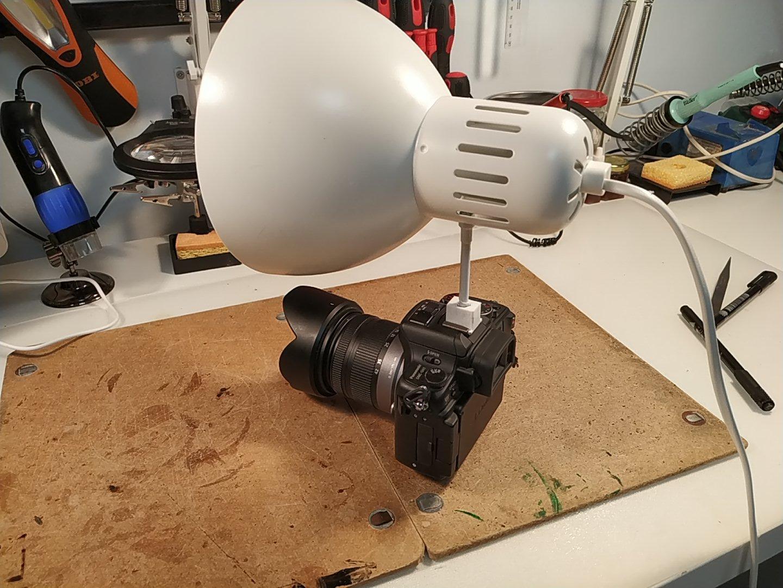 Threaded camera mount