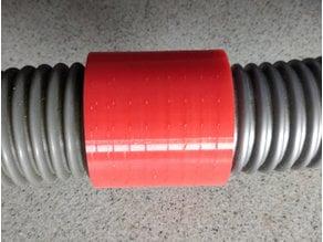 Threaded joiner for 32mm vacuum hose