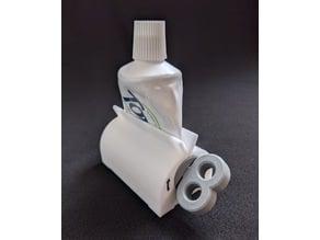 Toothpaste squeezer v3
