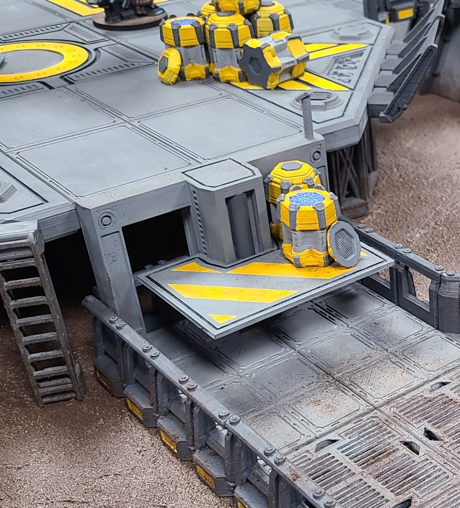28mm Sci fi Cargo Lift for use with the Dragons Rest Products