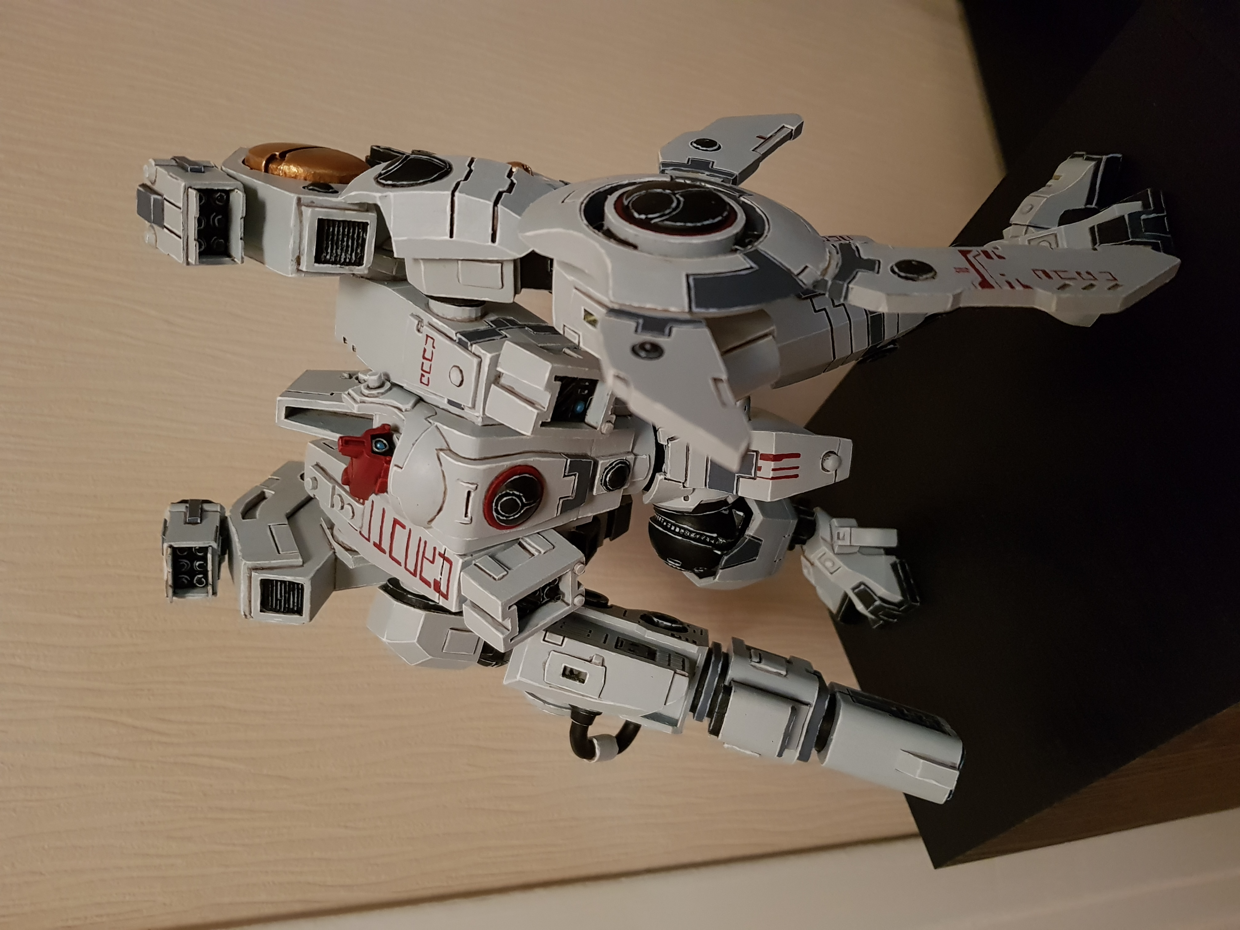 Tau Riptide Battlesuit by seriouserer