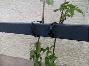 Plant tie clip