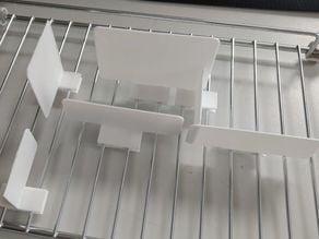 Freezer divider for camper vans
