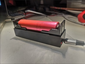 18650 Charger with LED hole