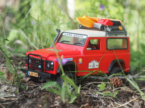 Land Rover Defender with WPL upgrade