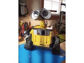 WALL-E (control though Bluetooth Android app via ESP32)
