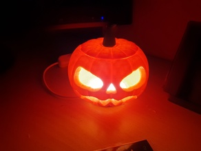 Jack-O'-Lantern USB Light for Halloween