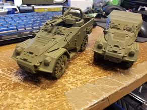 BTR-40 armored personnel carrier 1/35 1/100 scale