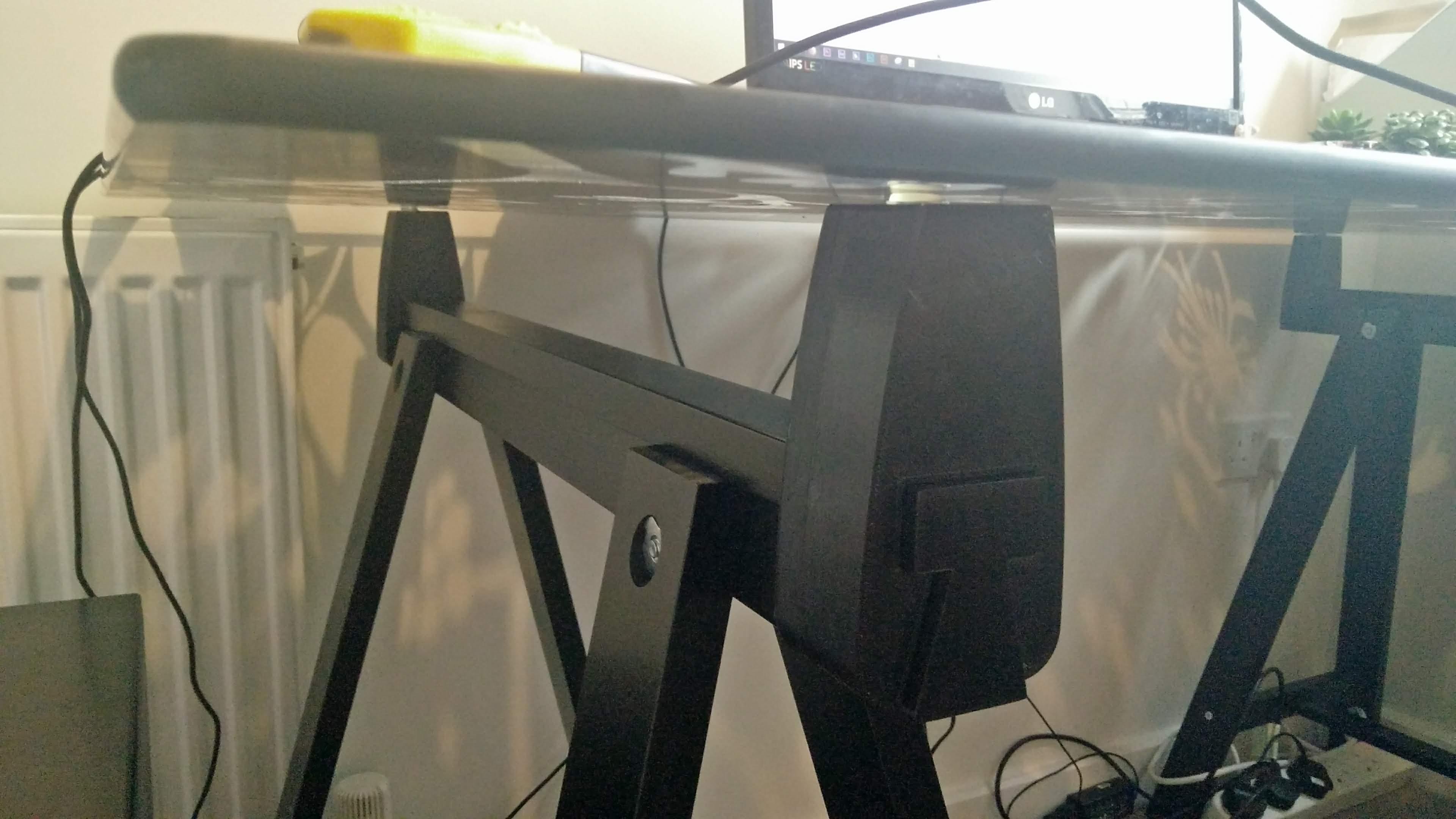 IKEA ODDVALD/LINNMON galds, melnā krāsā saplāksnis/melnā krāsā, 150x75 cm