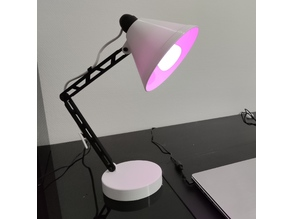 Desk / table lamp ajustable position