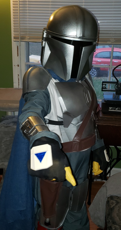 FULL ARM Pauldron Vambrace Gauntlet The Mandalorian Beskar Armor