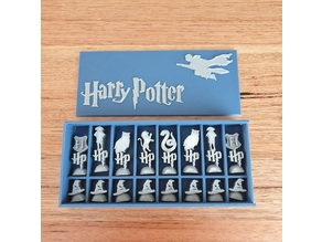 Harry Potter Chess set and display box