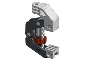Sturdy clamp for modular mounting system