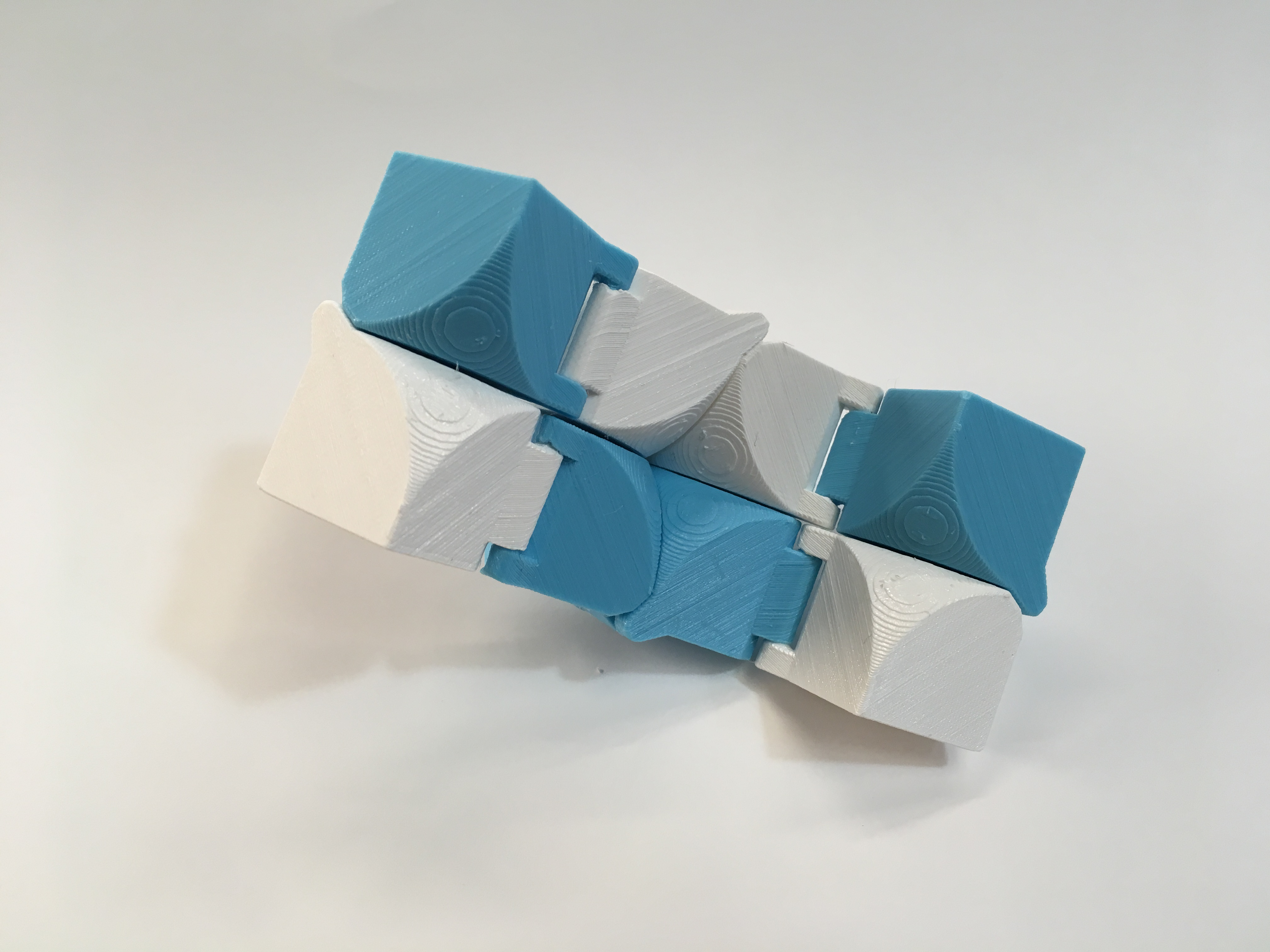 Folding Cube by sefalcone